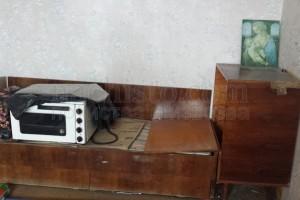 Изхвърля стари мебели в София и региона