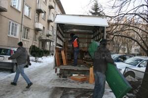 Извозване на боклуци с фургон